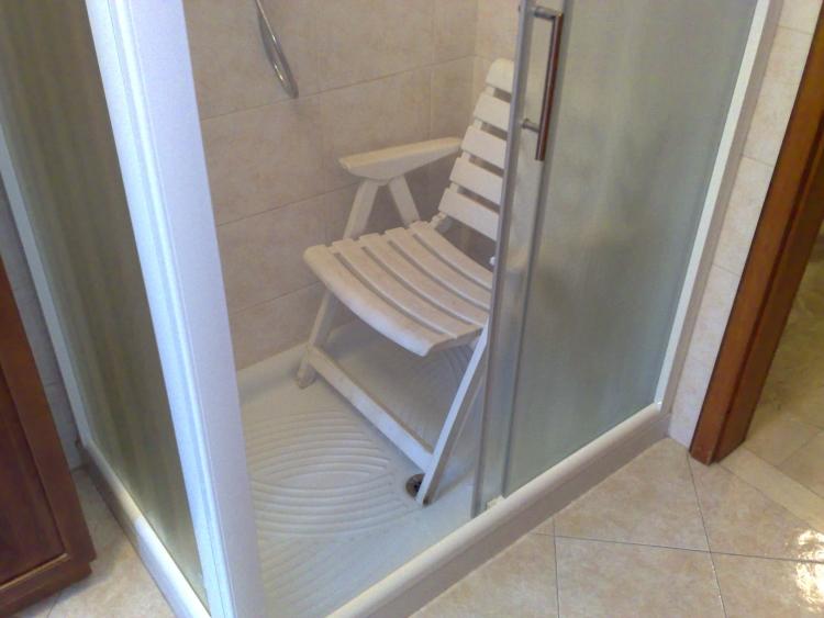 sedia doccia